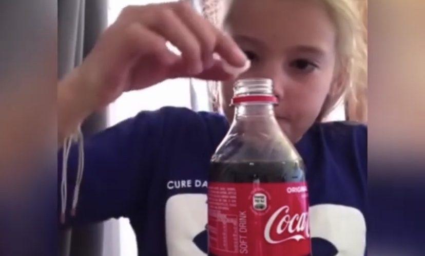 Funny girl puts mentos in coke