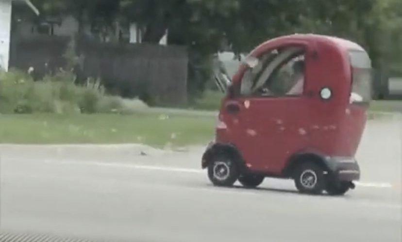 Driving toy car on street fail