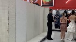 Woman forces boyfriend to marry her in Target