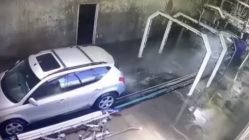 Car catches fire in car wash