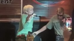 Couple sings Nelly & Kelly Rowland's delimma during karaoke night