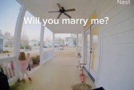 A boy asks his neighbor friend to marry him but she refuses and breaks his heart.